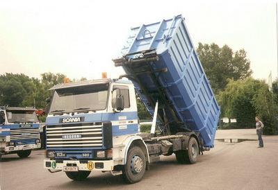 SCania mit Container